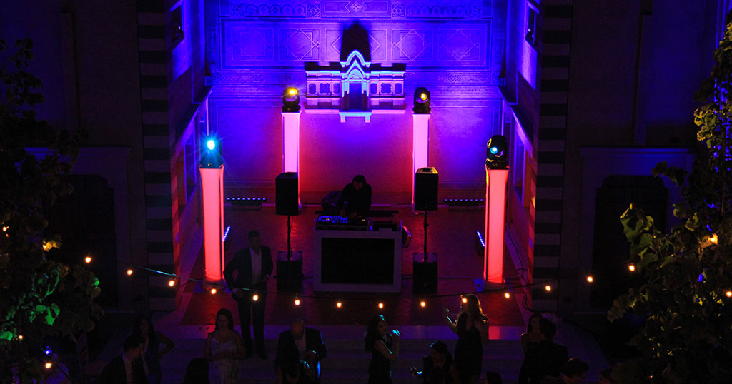 Your Own Personal Wedding Dj Set